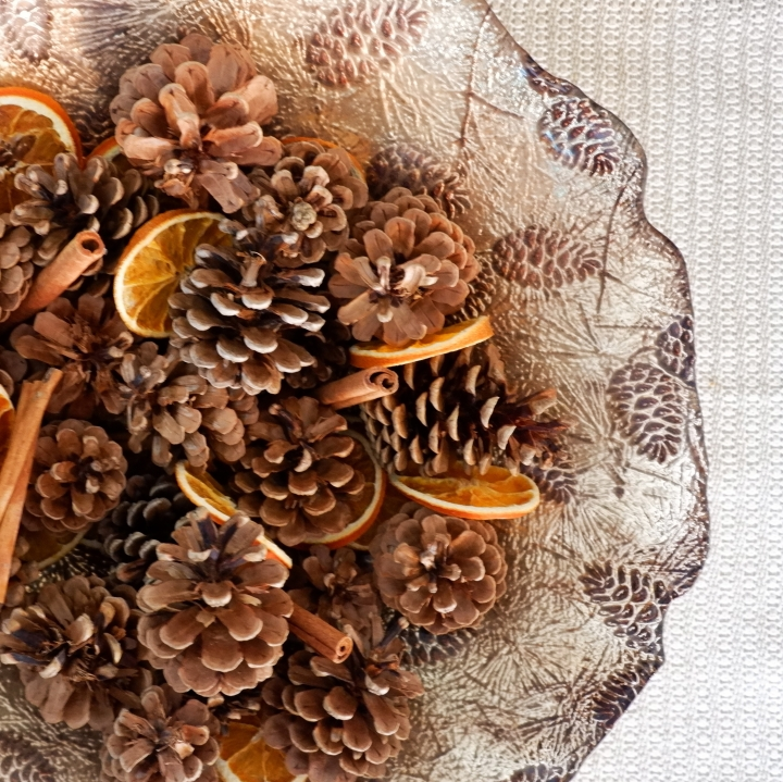 DIY Festive Fruit & Nut Potpourri